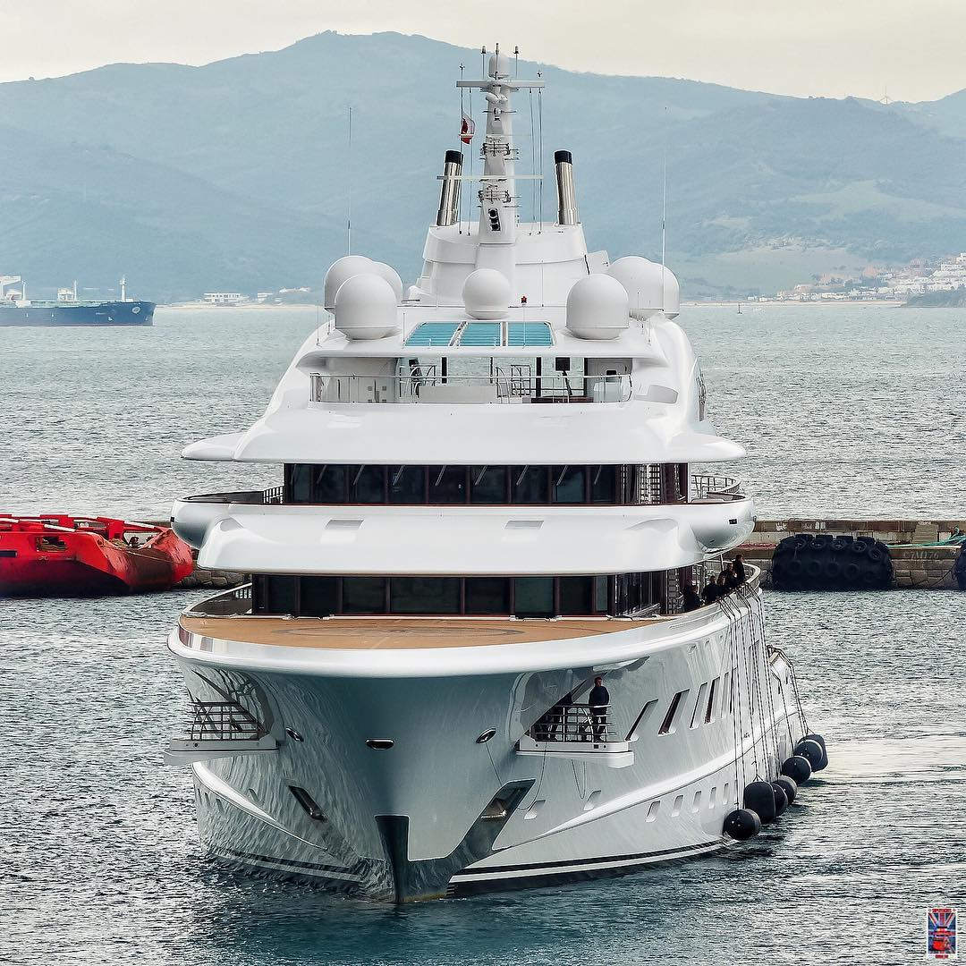 Bow view of Quantum Blue with crew preparing to dock. Photo by Jarrad @ superyachts_gibraltar